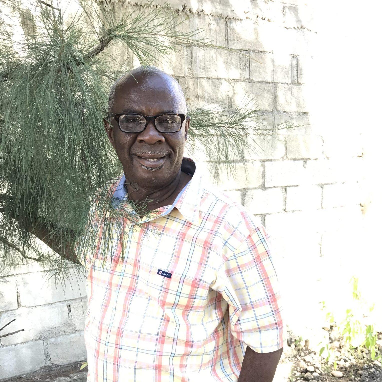 Pastor Lesly Bertrand