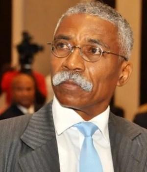 Le sénateur Patrice Dumont invite le président de la Fédération haïtienne de football (FHF) à s'écarter provisoirement de la tête de l'institution