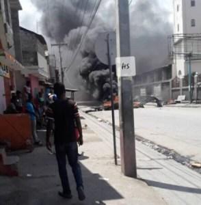 Cap-Haïtien : protestation des chauffeurs de taxi contre la rareté de carburant 1