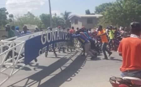 Gonaïves (Artibonite) : fermeture des écoles et bureaux de l'État par des manifestants