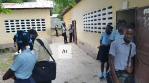 La Chapelle (Artibonite) : enseignants et membres du personnel de soutien menacent de fermer les portes du lycée 2