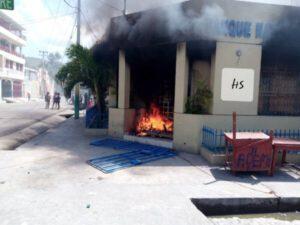 Saint-Marc (Artibonite) : un mort par balle recensé, des manifestants accusent la police 1