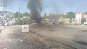 Miragoâne (Nippes) : la Route nationale numéro 2 est bloquée à hauteur de Carrefour Desruisseaux 1