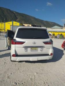 Incident à Jimaní : le véhicule conduit par le consul général d'Haïti à Santiago objet d'une enquête... 1