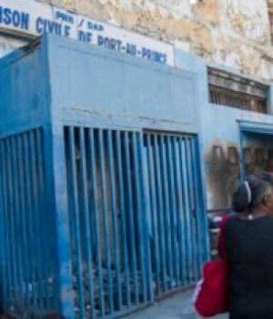 Coronavirus : la santé des détenus Anthony Dumont et Clifford Brandt se détériore à la prison civile de Port-au-Prince