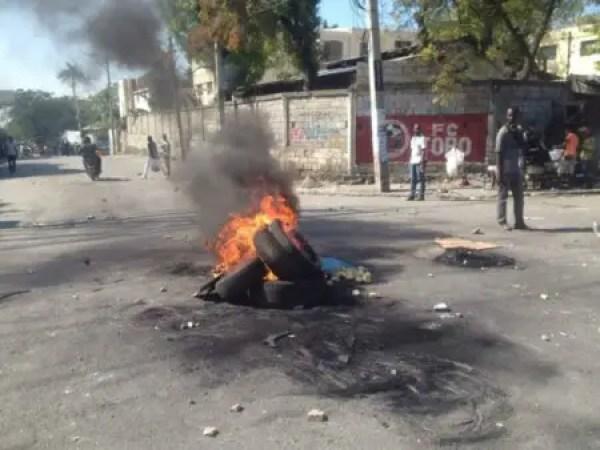 """Port-au-Prince : """"aba insécurité, aba kidnapping"""" ont scandé des dizaines de manifestants 1"""