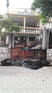 """Hinche (Centre) : un agent de la """"Police municipale"""" battu par des individus armés"""