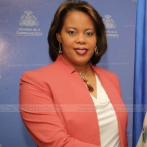 Colombe Émilie Jessy Menos nommée ministre sans portefeuille chargée des droits humains...
