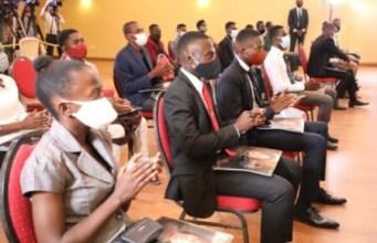 1500 bourses accordées à des jeunes des 10 départements géographiques dans des universités haïtiennes