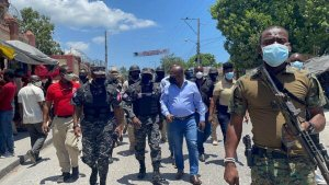"""Insécurité à Port-au-Prince : """"one man show"""" du Premier ministre de facto, Claude Joseph à Martissant"""
