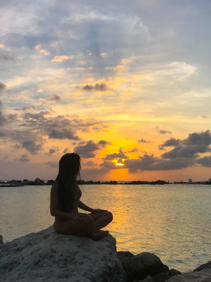 um pôr do sol incrível em curaçao