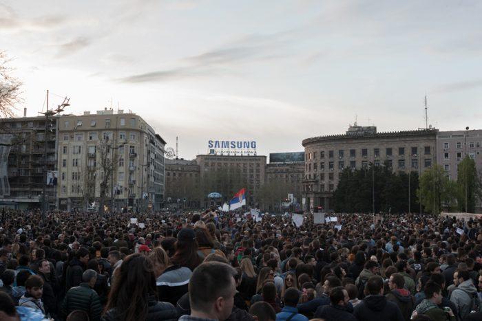 manifestation contre vucic president belgrade serbie