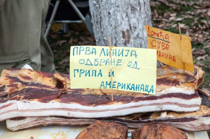 belo blato kobasica saucisse serbia 10