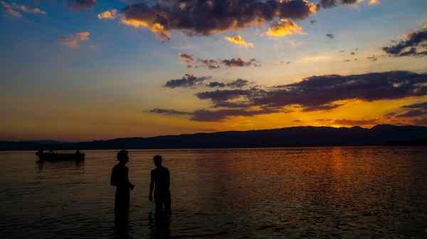 Lac d'Ohrid – Un lac vieux de millions d'années menacé par un projet touristique en Macédoine