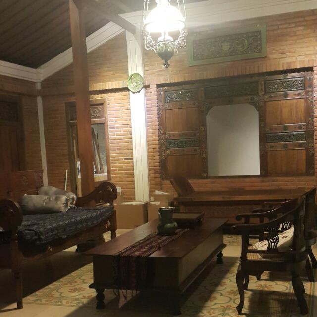 RUMAH JAWA KOLONIAL  Arsitektur  Interior