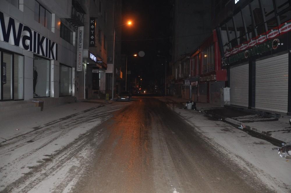 Yüksekova'da sokaklar sessizliğe büründü
