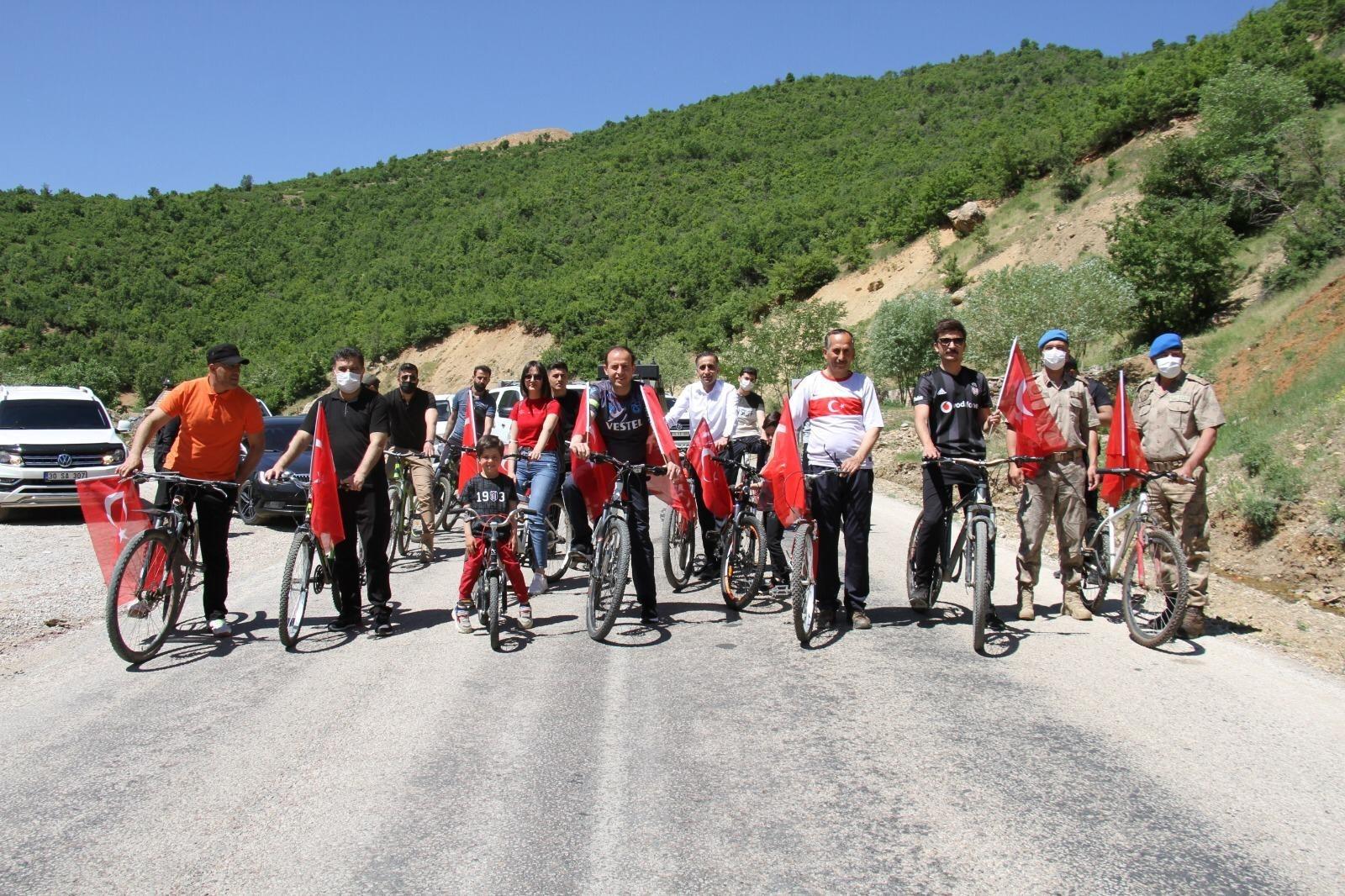 Şemdinli'de bisiklet turu