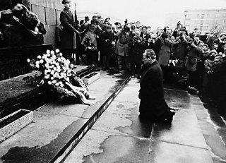 ブラント首相の「ワルシャワでの跪き」謝罪に対する海外の反応