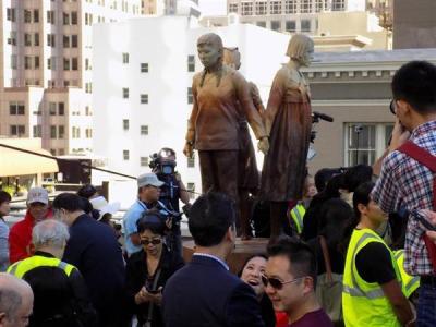 【速報】サンフランシスコに慰安婦像 中韓比の少女3人を象る 国際連帯で圧力強化か
