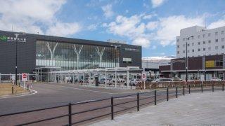 【復刻掲載】「新幹線で街は栄えない」全駅を乗り降りした自称オタクの銀行マンが講演