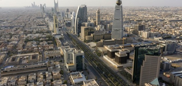 كم تبلغ رسوم تجديد الإقامة السعودية