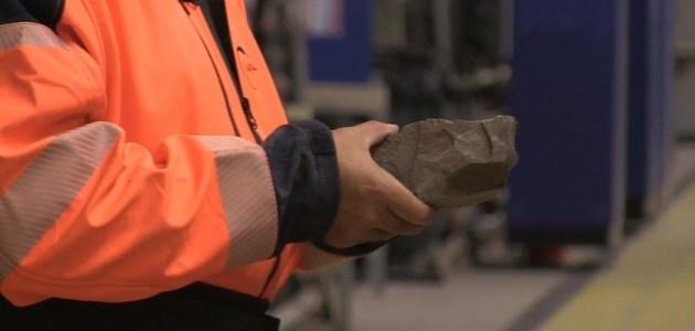 معنى تخصيب اليورانيوم و أهم استخداماته والأضرار الناجمة عن تخصيبه