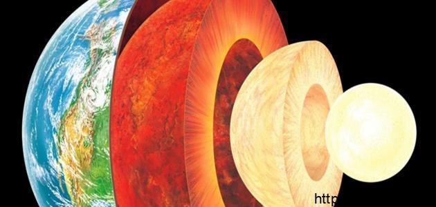 عدد طبقات الأرض …. وخصائصها وأهمية كل طبقة فيها