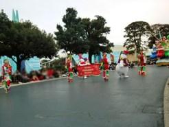 ディズニーランドクリスマスファンタジーのパレード2015