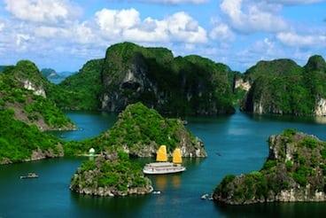 Huong-Hai-Deluxe-Junk-Halong-Bay-Vietnam.32841856_std