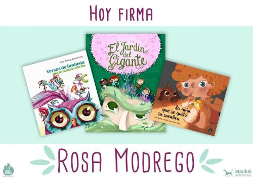 Rosa Modrego firma libros en la caseta de La Caraba en la Plaza Mayor de Salamanca