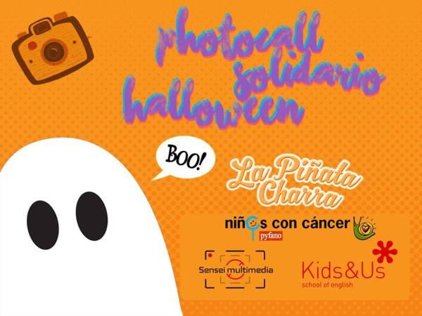 Photocall Solidario en Halloween para peques en Salamanca
