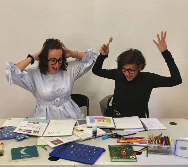 Rebeca y Soraya de Unpuntocurioso te esperan este domingo con su cuentacuentos en el Manolita