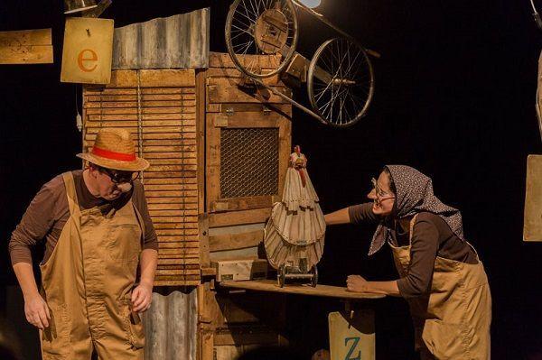 """Teatro familiar """"La gallina de los huevos de oro"""" en el teatro Liceo de Salamanca"""