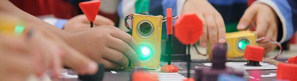 Taller de robótica y educación vial para padres e hijos en Salamanca de Mapfre