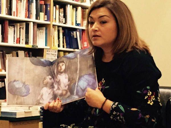 Cuentacuentos infantil de Isabel Benito en la librería Letras Corsarias de Salamanca