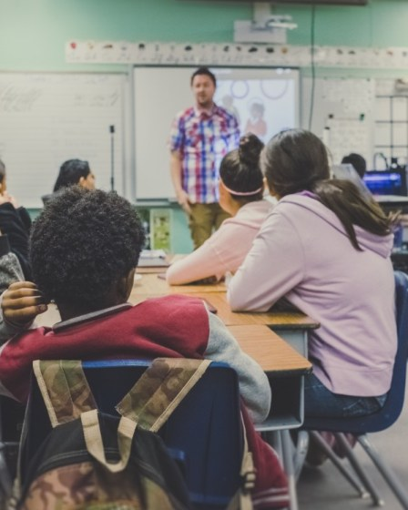 Der Lehrer als König im Klassenzimmer #5 11