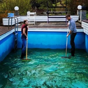 Swimming Pool reinigen