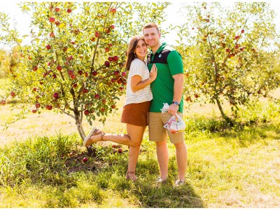 How To Get Cute Apple Orchard Pictures || Mount Vernon Southern Illinois Photographer