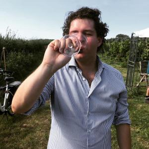 startup kleine flessen wijn Jasper Smit Utrecht