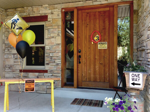 Construction 3rd birthday party blast | Halfpint Party - party entrance