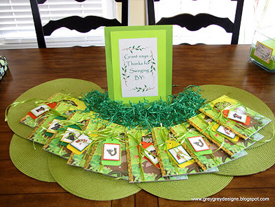 Jungle Party. Greenery Inspired Parties | Halfpint Design - Great Jungle Book Party favors