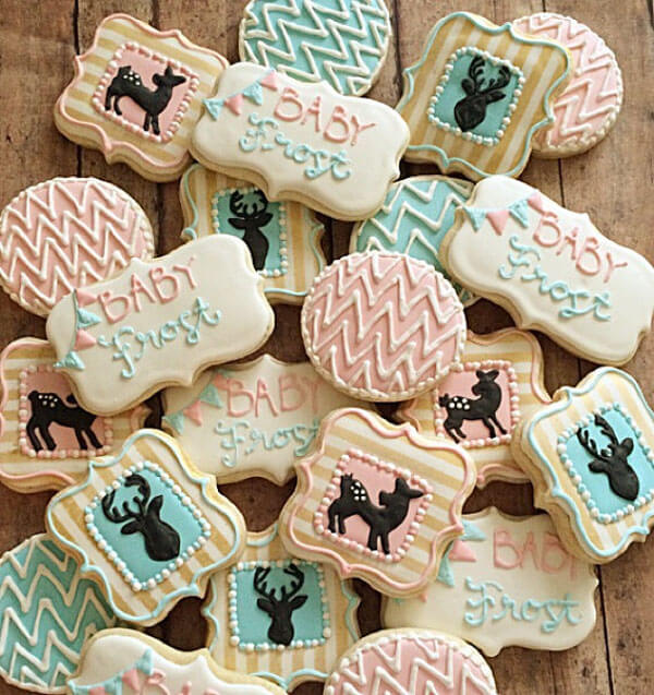 Humorous Gender Reveal Party Ideas | Halfpint Design - Buck or Doe cookies with a woodland feel
