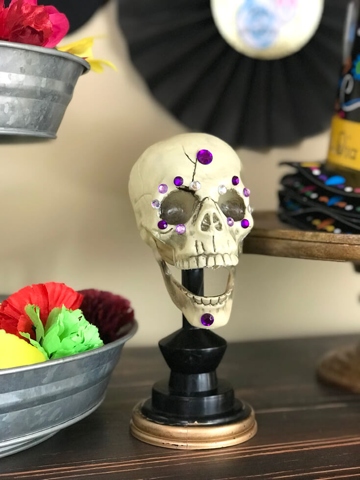 Easy upgrades to make your Halloween skeletons Coco movie party worthy. Coco Viewing Party Tips at Halfpint Design. Day of the Dead Party, Dia de los Muertos, Coco birthday party