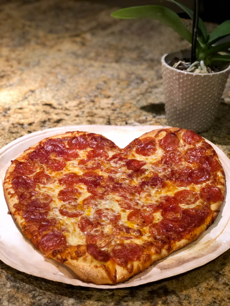 Heart Shaped Pizzas Are Perfect For The Family On Valentines Last Minute Day Party