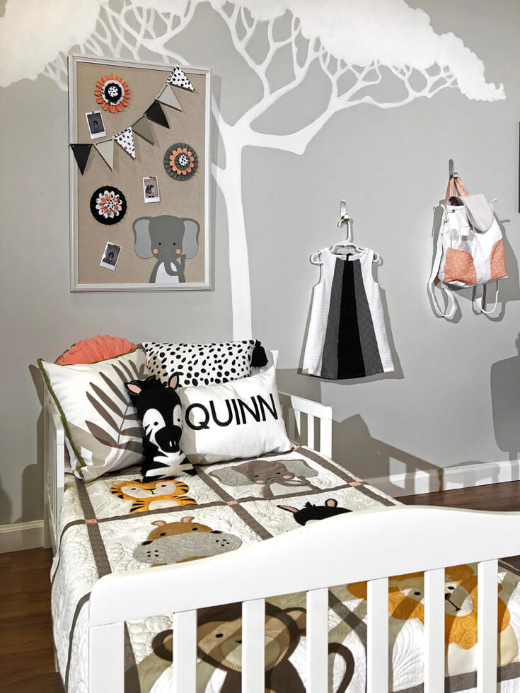 Child's bedroom with a jungle theme - Cricut made DIY Gift Ideas