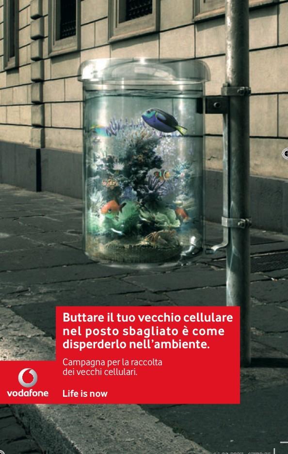 Brochure per la raccolta dei vecchi cellulari. Promossa da Vodafone via zzub.it