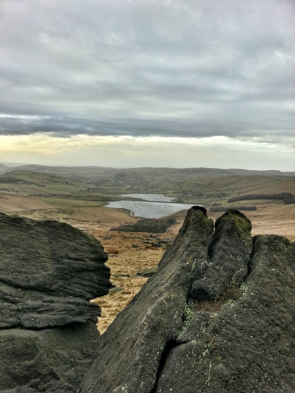 Millstone Edge with Castleshaw reservoirs hike saddleworth on Poetry Trail Marsden