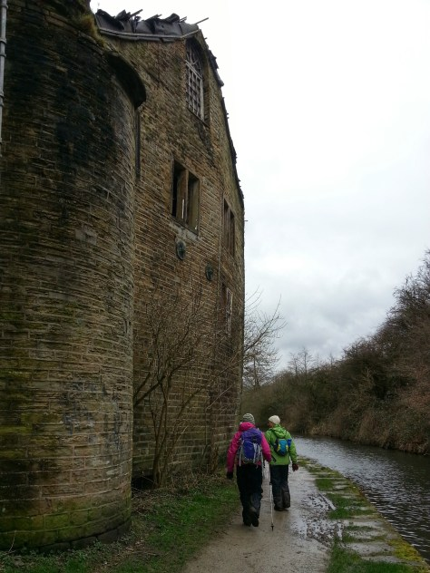 We headed down through Golcar and across and along the Huddersfield Narrow Canal (heading back towards Marsden briefly before turning off to our left and away from valley floor.