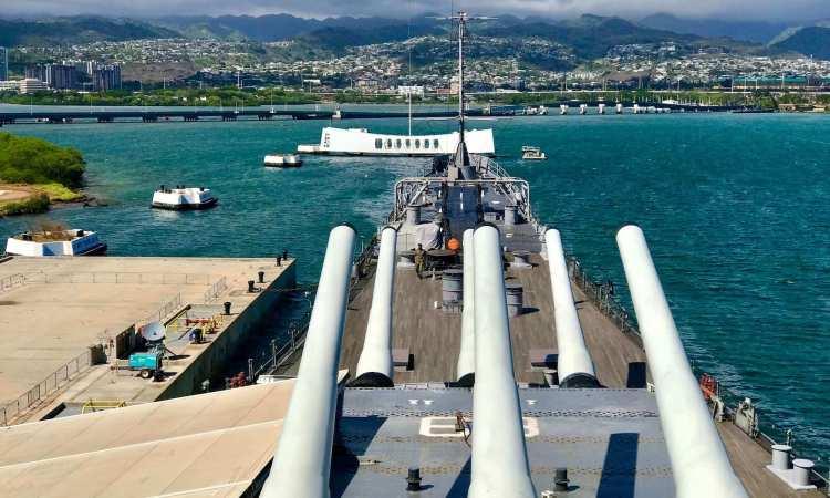 Battleship Missouri Arizona Memorial View