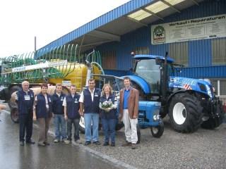 Neuer Traktor 2007 mit Güllefass Hadorn 16m3